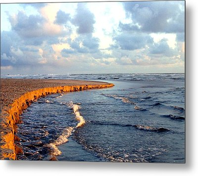 Incoming Tide At Sundown Metal Print by Will Borden