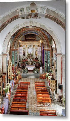 Interior Of Preciosa Sangre De Cristo Church Metal Print by Jeremy Woodhouse
