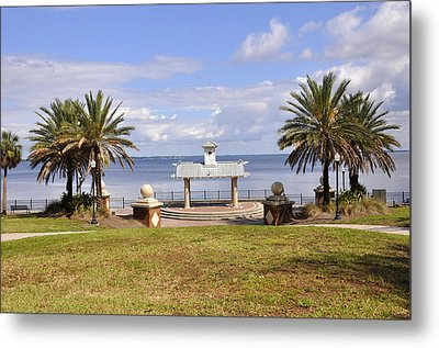 Metal Print featuring the photograph Jacksonville Park View by Sarah McKoy