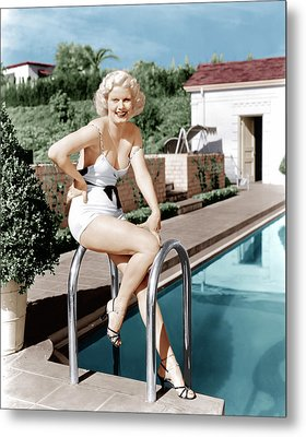 Jean Harlow Poses In Front Of Her Home Metal Print by Everett