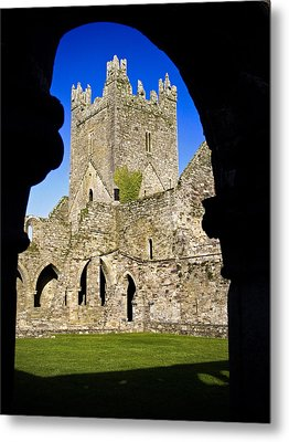 Jerpoint Abbey In Kilkenny Metal Print by Chris Hill