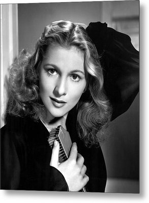 Joan Fontaine, Portrait, 1940s Metal Print by Everett
