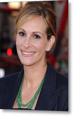 Julia Roberts At Arrivals For Larry Metal Print by Everett