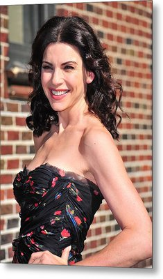 Julianna Margulies At Talk Show Metal Print by Everett