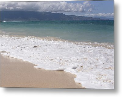 Kapukaulua - Purely Celestial - Baldwin Beach Paia Maui Hawaii Metal Print by Sharon Mau