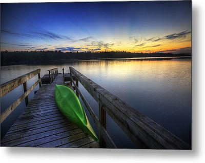 Kayak By The Lake Metal Print by Zarija Pavikevik