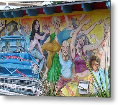 Keeping It Weird In Austin Metal Print by Patti Whitten