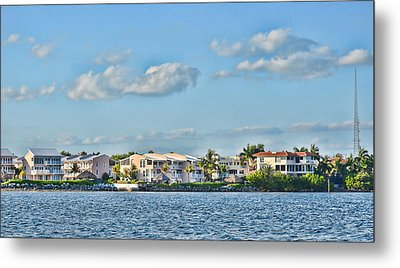 Key Largo Houses Metal Print by Chris Thaxter