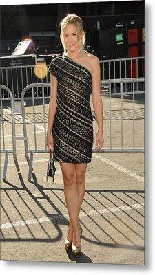 Kristen Bell Wearing An Etro Dress Metal Print by Everett