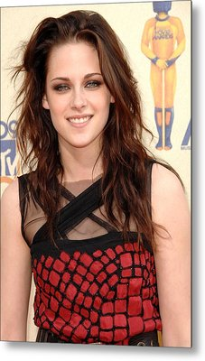 Kristen Stewart At Arrivals For 2009 Metal Print by Everett