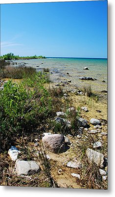 Lake Michigan Shoreline On A Sunny Afternoon Metal Print by Janice Adomeit