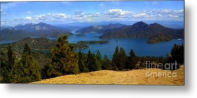 Metal Print featuring the photograph Lake Shasta by Garnett  Jaeger