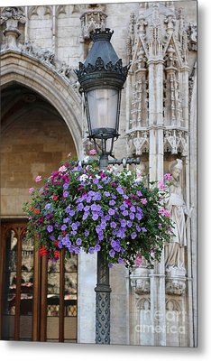 Lamp And Lace At The Grand Place Metal Print by Carol Groenen