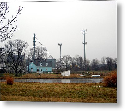 Lancaster Farms House  Metal Print by Daniela Kriva