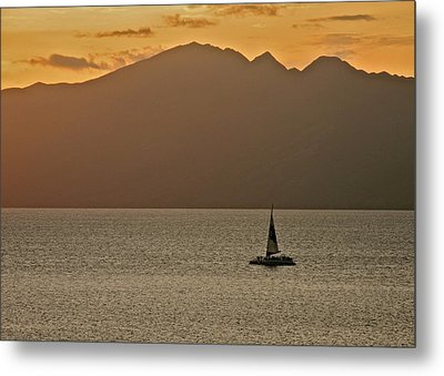 Late Afternoon Cruise In The Paniolo Channel Metal Print