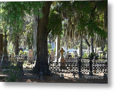 Laurel Grove Cemetery - Savannah Georgia Metal Print by Randy Edwards