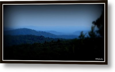 Layers Metal Print by Priscilla Richardson