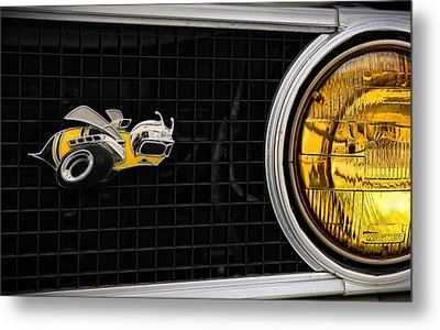 Let It Bee Metal Print by Gordon Dean II