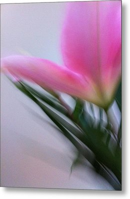 Lily In Motion Metal Print