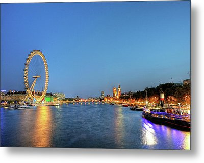 London At Night Metal Print by Thank you for choosing my work.