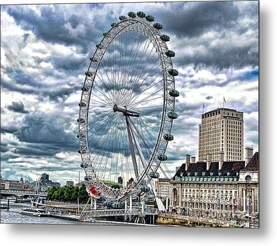 London Eye Metal Print by Graham Taylor