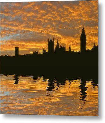 London's Burning Metal Print by Sharon Lisa Clarke