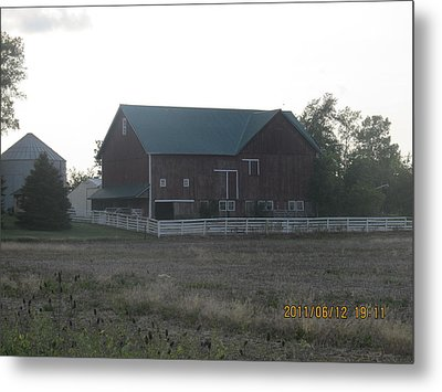 Metal Print featuring the photograph Lonely Barn by Tina M Wenger