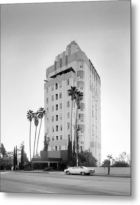 Los Angeles, Sunset Tower Apartments Metal Print by Everett