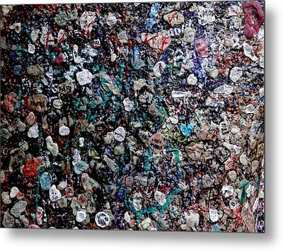 Love In Gum Metal Print by Keith Stokes