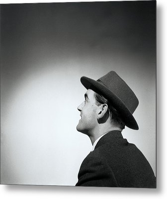 Man Wearing Hat Looking In Distance (b&w) Metal Print by Hulton Archive