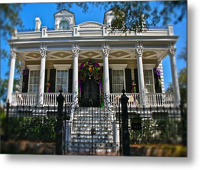 Metal Print featuring the photograph Mardi Gras House by Jim Albritton