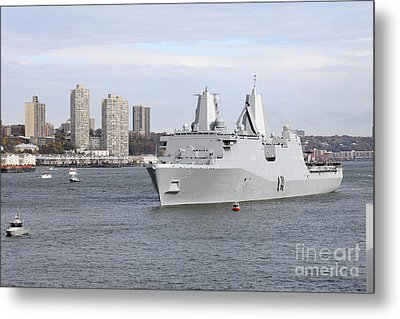 Marines And Sailors Man The Rails Metal Print by Stocktrek Images