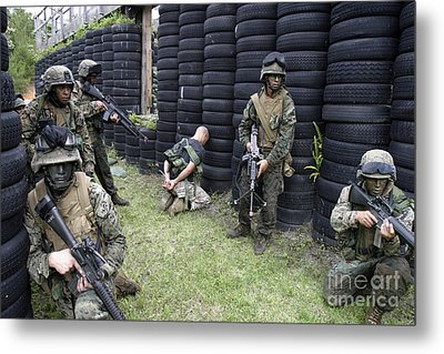 Marines Set Up Security While Waiting Metal Print
