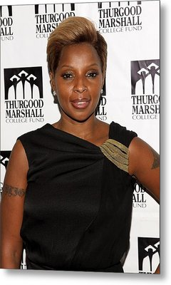 Mary J. Blige At Arrivals For Thurgood Metal Print by Everett