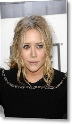 Mary Kate Olsen At Arrivals Metal Print by Everett