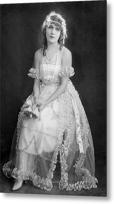 Mary Pickford In Her Wedding Dress, 1920 Metal Print by Everett