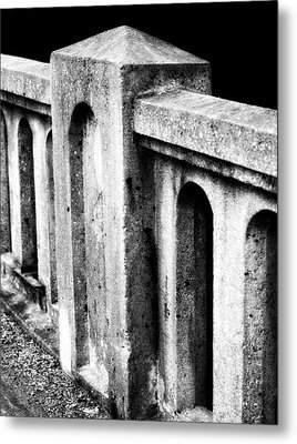Mary Street Bridge Bristol Virginia Metal Print by Denise Beverly
