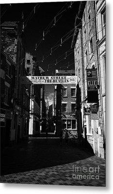 Mathew Street In Liverpool City Centre Birthplace Of The Beatles Merseyside England Uk Metal Print by Joe Fox