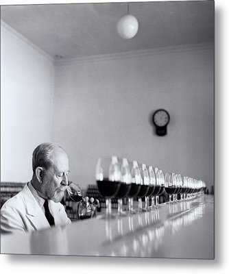 Mature Wine Tester With Row Of Glasses (b&w) Metal Print by Hulton Archive