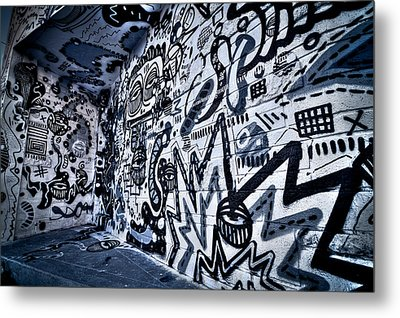 Miami Wynwood Graffiti 2 Metal Print by Andres Leon