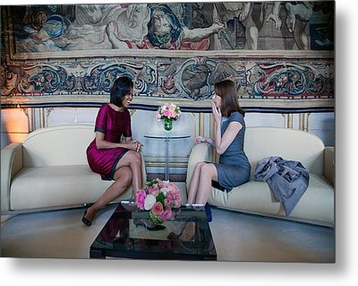 Michelle Obama With Carla Bruni-sarkozy Metal Print by Everett