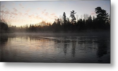 Mist Over The Mississippi Metal Print