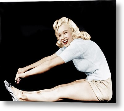 Model And Columbia Starlet Marilyn Metal Print by Everett