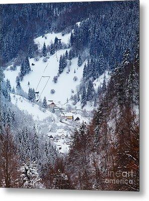 Moeciu Village In Winter Metal Print by Gabriela Insuratelu