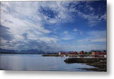 Molde Metal Print by Chad Bromley