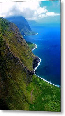 Molokai Coast Metal Print by Matt Helm