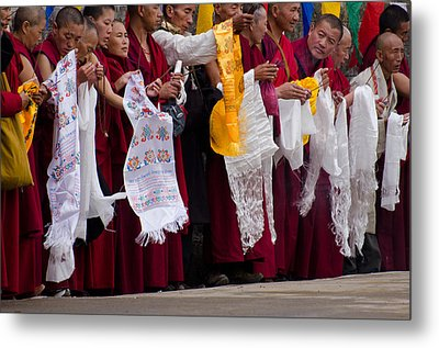 Metal Print featuring the photograph Monks Wait For The Dalai Lama by Don Schwartz