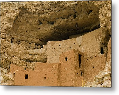 Metal Print featuring the photograph Montezuma's Castle by Tom Singleton