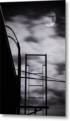 Moon Over Brooklyn Rooftop Metal Print by Gary Heller