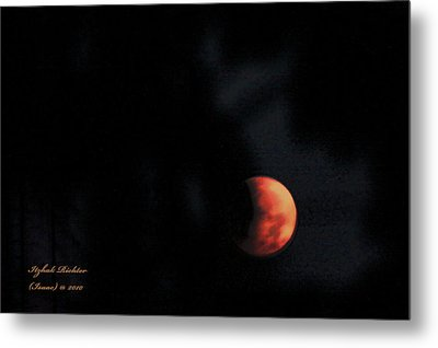 Metal Print featuring the photograph Moonlight Sonate by Itzhak Richter